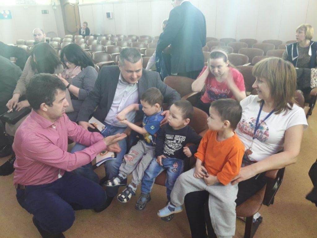 Московские азербайджанцы провели благотворительную акцию в детском доме «Молодая гвардия» (ФОТОЛЕНТА)