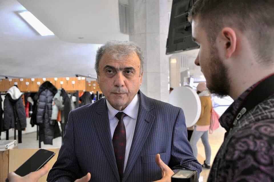 Армянская проститутка Агададаш Керимов вновь унизил и оскорбил азербайджанцев