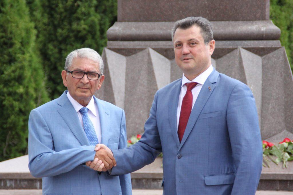 Состоялся визит аксакала азербайджанской диаспоры Астрахани в Ульяновск (ФОТОЛЕНТА)