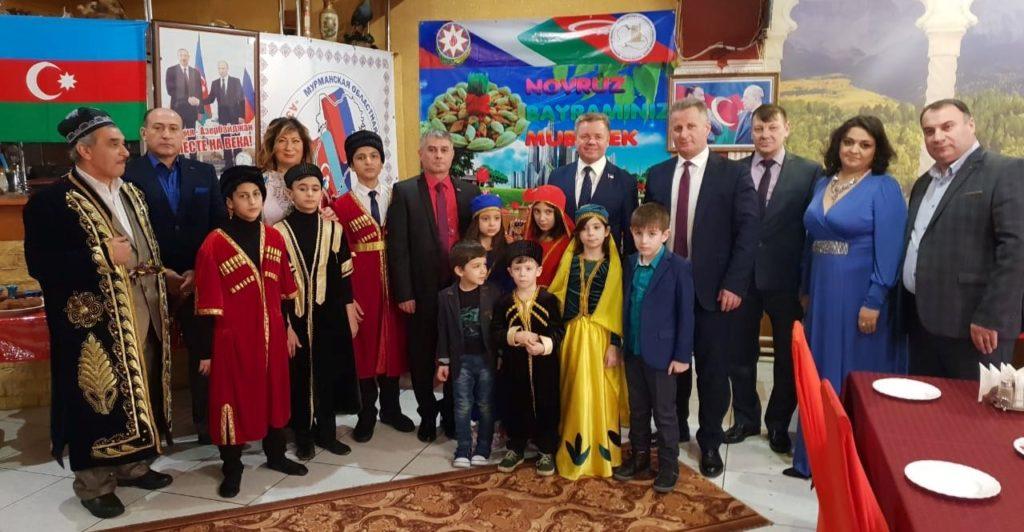 Азербайджанцы отпраздновали Новруз в Заполярье (ФОТОЛЕНТА)