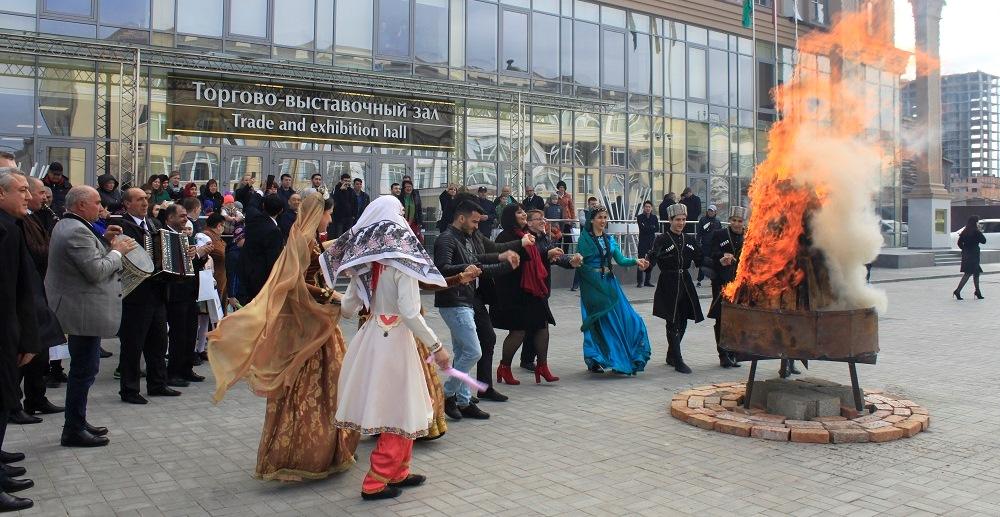 Астраханские азербайджанцы отметили Новруз Байрамы (ФОТОЛЕНТА)