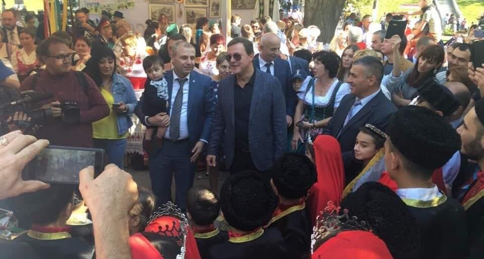 Азербайджанцы — на Дне дружбы народов в Самаре (ФОТО, ВИДЕО)