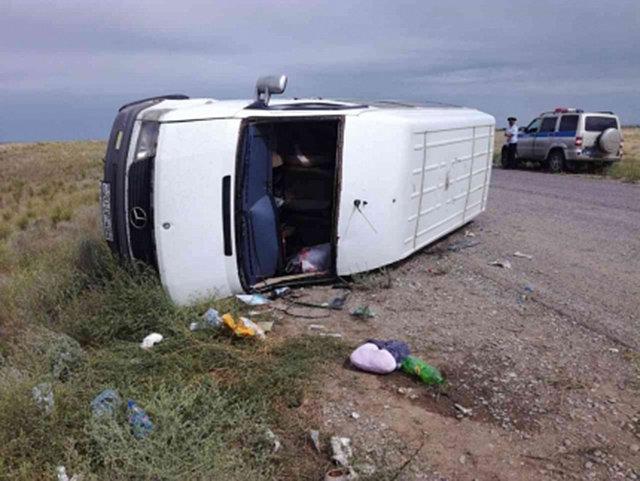 Пассажирский микроавтобус Нижний Новгород-Баку попал в ДТП – пострадали женщины и дети – ФОТО – ВИДЕО