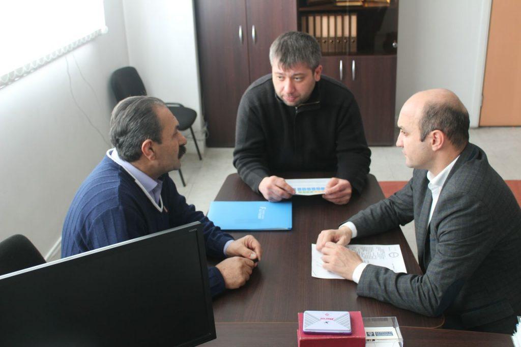 Лидер азербайджанцев Ингушетии обсудил вопрос поиска братских могил с руководством города Малгобек