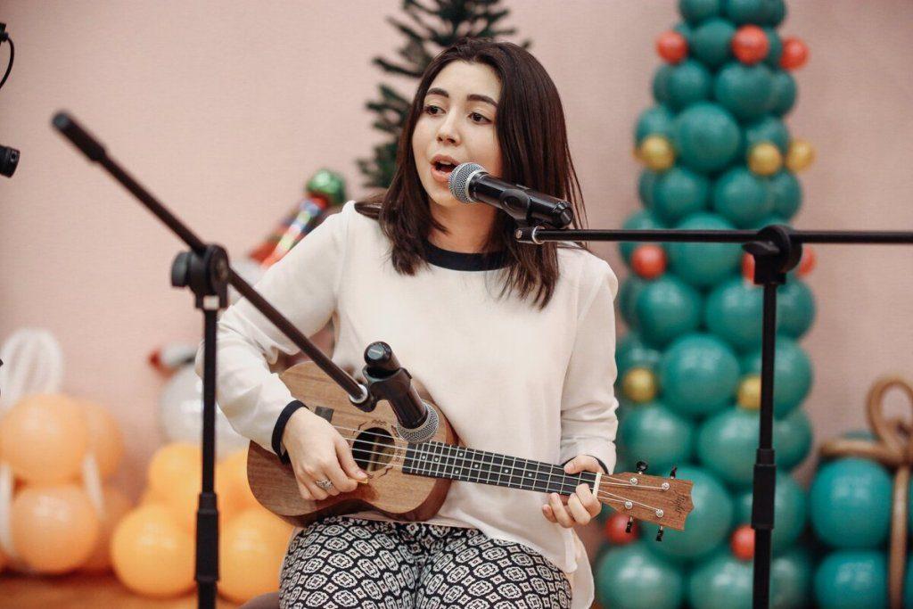 Певица Нона Мамедова: «Мечтаю выступить на сцене фестиваля «Жара» — очень масштабной и крутой сцене на моей исторической Родине» (ИНТЕРВЬЮ)