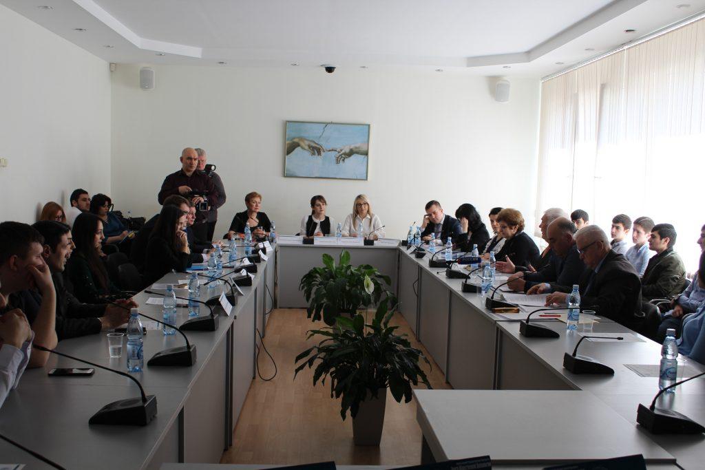 В Волгограде обсудили историю, состояние и перспективы российско-азербайджанских взаимоотношений (ФОТОЛЕНТА, ВИДЕО)